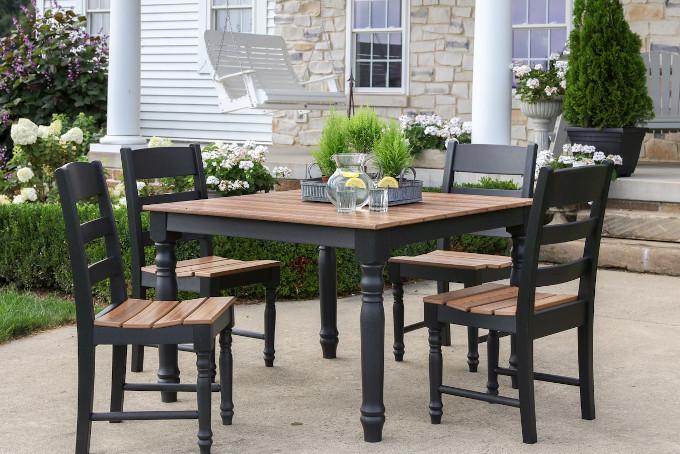 tavolo da giardino e terrazzo